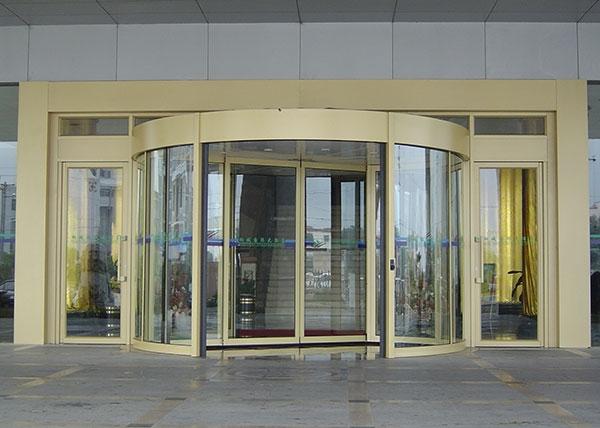 旋转门厂家对安装旋转门的质量检验标准